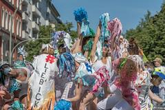 20180520_KdK_069 (BIngo Schwanitz) Tags: 2018 berlin berlinkreuzberg grossbeerenstrasse hasenheide hermannplatz karneval karnevalderkulturen karnevalderkulturen2018 kdk kdk2018 kostüm kreuzberg kultur kulturen strassenfest umzug urbanstrasse yorkstrasse