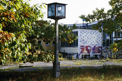 Ehemaliger Betrieb / Former Plant (Michael Westdickenberg) Tags: betrieb stillgelegt verlassen deindustrialisierung strausberg 1997 plant abandoned uhr clock brandenburg