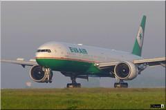 Boeing 777-35E(ER), EVA Airways, B-16706 (OlivierBo35) Tags: spotting roissy cdg boeing b777 evaair