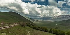 Castelluccio di Norcia (bollene57) Tags: 2018 abruzzen castellucciodinorcia erdbeben italien mai motorradtouren toskana umbrien