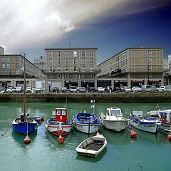 Le  Havre, France (pom'.) Tags: panasonicdmctz101 lehavre 76 seinemaritime normandie france europeanunion architecture harbor boat boats flag sky clouds 100 300 may 2018 400 5000 500 10000 200