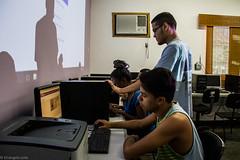 (REDES DA MARÉ) Tags: américalatina brasil complexodamaré elisângelaleite favela mare novaholanda ong projetoconectando redesdamaré riodejaneiro aula curso informática jovem