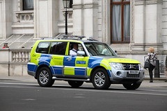 BX14EOH / CAY Mitsubishi Shogun of the Met Police (Ian Press Photography) Tags: car cars 999 emergency service services police pc met metropolitan bx14eoh cay mitsubishi shogun
