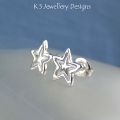 Little Stars Sterling Silver Stud Earrings (KSJewelleryDesigns) Tags: metalwork studearrings earrings studs jewellery jewelry handmade brightsilver shine sterlingsilver silverjewellery handcrafted silver silverwire metal hammered shiny polished bright soldered soldering brushed flowers petals sawing piercing silversmith silversmithing metalsmithing metalsmith handstamped handstamping stamp metalstamp stars littlestars