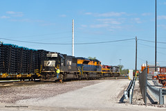 Mixed Bag (tim_1522) Tags: railroad railfanning rail mo missouri norfolksouthern ns stlouisdistrict emd sd70 sd70ace heritage 1071 jersey central mixedfreight kcsm generalelectric gevo ac44cw es44ac