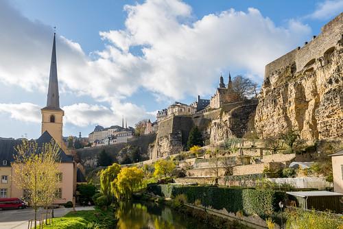 Luxembourg. Grund
