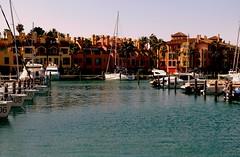 Sotogrande (camus agp) Tags: puertos sotogrande cadiz arquitectura palmeras