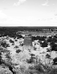 Far South America (Louiyon) Tags: bw landscape desert desierto tatacoa colombia