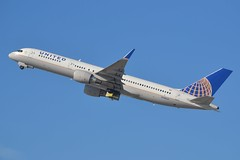 N588UA (LAXSPOTTER97) Tags: united airlines boeing 757 757200 n588ua cn 26717 ln 571 airport aviation airplane klax