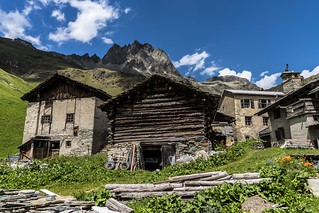 At the foot of Piz Lagrev