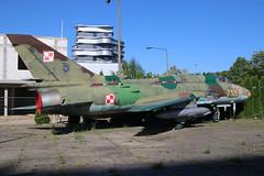 Sukhoi SU-22M-4 Polish Air Force 7105 (NTG842) Tags: sukhoi su22m4 polish air force 7105