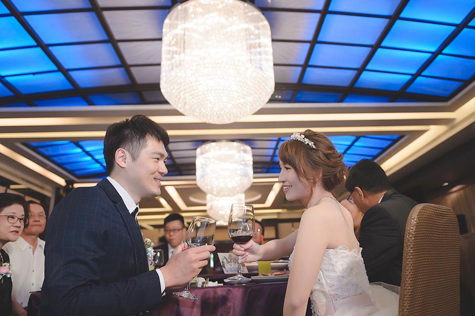 台南婚攝-台南聖教會東東宴會廳華平館-040