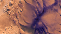 Intracrater Dunes on Mars (Kevin M. Gill) Tags: mars dunes crater hirise computergraphics cgi planetary science astronomy space geology