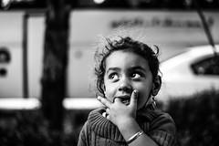 Girl, Esfahan, Iran 2018 (PaxaMik) Tags: iran esfahan isfahan ispahan travelinginiran travel girl portraitnoiretblanc noiretblanc noir n§b black blackandwhitephotos hands mains regard