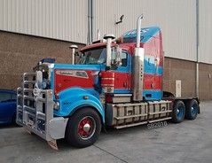 Shaws Darwin Transport Kenworth T909 (Bourney123) Tags: truck trucks trucking highway haulage shaws transport darwin kenworth diesel