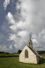 Saint Vio (chris.branruz) Tags: bretagne ciel church eglise finistere tréguennec breizh celte bzh religion culte nuages littoral