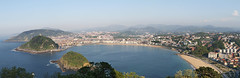La Kontxa Donostia / Concha San Sebastian (jk_cycling) Tags: donostia sansebastian kontxa euskadi basquecountry paisvasco playadelaconcha monteigueldo paysbasque panorama panoramique