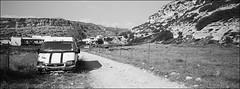 ronny ist vergessen (fluffisch) Tags: fluffisch crete kreta matala greece hasselblad xpan panorama 45mmf40 rangefinder messsucher analog film adox silvermax