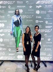 Hostesi na Mercedes-Benz Fashion Week Ljubljana  #MBFWLJ  www.agencija22.si www.autocommerce.si www.mbfashionweeklj.si