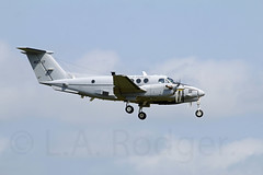 C12  40317 (TF102A) Tags: aviation aircraft airplane prestwick prestwickairport c12 usarmy
