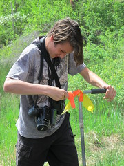 Collecting a soil sample (BC Wildlife Federation's WEP) Tags: peachland mapourmarshes wetland workshop rosevalley education citizenscience classification pwpa bcwf wep wetlandseducationprogram