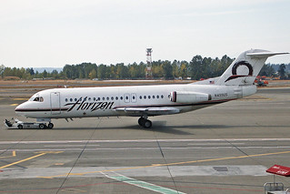 Horizon Air DeHavilland Fokker 28-4000 N499US SEA 18-08-02