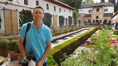 DSCF5513e Generalife, Alhambra, Granada (Thomas The Baguette) Tags: granada spain granadaspain espagne espana alhambra nesrid nesridpalace patiodelosleones lionfountain comares moorish fountains architecture gardens machuca alcazaba
