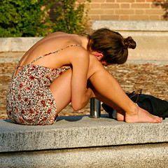 Barefoot on a Bench (Colorado Sands) Tags: woman female younglady women girl hbm spain spanish europe sandraleidholdt barefoot madrid people