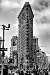 Flat Iron Building in NYC (WilliamND4) Tags: flatiron building blackandwhite nikon d750 nyc city streetphotography