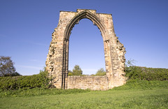Dale Abbey Arch (simonannable) Tags: relics daleabbey daleabbeyarch derbyshire fujifilmxt1 arch ancient ruins relic history england uk remains chancel window samyang12mm architecture englishhistory site preserved heritage masonry brickwork countryside rural gothic pointed old ruined building monastic eastmidlands landmark religion religious place