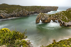 Cuevas del Mar (Alberto García López) Tags: largaexposicion longexpesure llanes asturias españa spain playa paisaje landscape