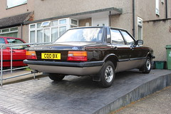1981 Ford Cortina Crusader (doojohn701) Tags: 1981 ford cortina tan vintage retro classic windows houses crusader twin tone dagenham uk pvc