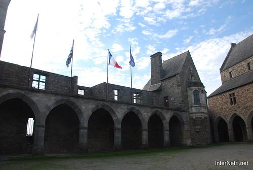 Вітре Замок InterNetri  France 17