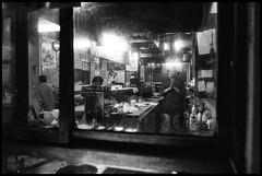 Ōgibashi, Koto-ku, Tōkyō-to (GioMagPhotographer) Tags: tōkyōto peoplegroup ōgibashi night kotoku leicamonochrom afterdark japanproject japan dining tokyo tkyto gibashi