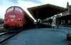 1032  Esbjerg  27.05.83 (w. + h. brutzer) Tags: esbjerg diesellok dieselloks eisenbahn eisenbahnen train trains dänemark railway lokomotive locomotive zug dsb webru analog nikon