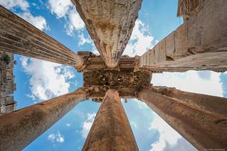 Columnas del templo de Baco, Baalbek, Líbano.