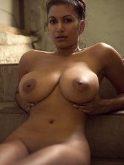 0_96 (wolfenmasterss_69) Tags: busty topless melons babes