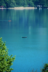 Boats on Aiguebelette lake (Mich73b) Tags: lake lac water waterscape aiguebelette savoie eau boat bateau blue bleu