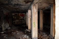 DSC_4314 (PorkkalaSotilastukikohta1944-1956) Tags: hylätty bunkkeri abandoned bunker bunkerexploring neuvostoliitto porkkala porkkalanparenteesi kirkkonummi hulluskirkkonummi exploring urbanexploration suojahuone varasto soviet suomi