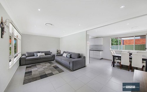 5 Lincoln Road, Georges Hall NSW