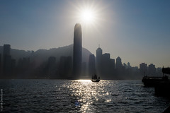 contre-jour junk (D-j-L) Tags: hongkong kowloon hk harbour island junk boat aqualuna sun sunset contrejour skyscraper building architecture china reflections canon g7x g7xmarkii