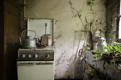 Tostadas (tatofotoUrbex) Tags: abandoned abandonedhouse abandone architecture arte anbandoned abandonado altrafotografia dark decay detail delericplace d7000 doors decaying fineart forgoten exploration explore exploring europe explora explored escene elegance terrific tatofotoartex terror travel tour textures tatofotourbex table urbanarte urbex urban ueexploration urbandecay urbanexploration ue light lostplace lost lignt lines love lovedecay l