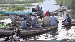 Some come, some go (Nagarjun) Tags: floatingvegetablemarket flowers dallake kashmir srinagar commerce trade veggies kohlrabi dawn morning sunrise green