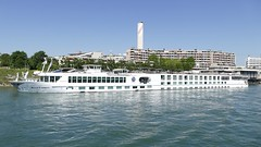 river cruise ship River Empress on rhine in Basel Switzerland 2018 (roli_b) Tags: river cruise ship crucero cruzero schiff kreuzfahrtschiff fluss boat boot vessel empress riverempress rhine rhein basel basle switzerland schweiz suisse suiza sivzzera 2018