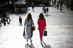 IMG_0871 (PanosKa) Tags: canoneos5d niftyfifty twins people streetfashion fashion canon5dclassic 5d sisters steps syntagmasquare