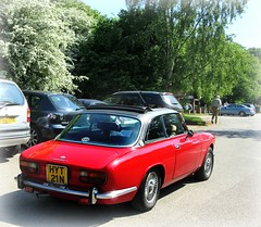 1975 Alfa Romeo 2000 GT .. (John(cardwellpix)) Tags: sunday 20th may 2018 1975 alfa romeo 2000 gt owners day out newlands corner guildford surrey uk