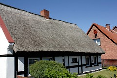 Mönkebude IMG_3035 (nb-hjwmpa) Tags: mönkebude fachwerkhaus reetdach vorpommern