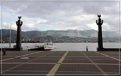 Порт (vikkay) Tags: новороссийск город городгерой море горы лето набережная отдых пейзаж порт бухта
