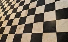 Floor (Francisco Anzola) Tags: floor marble italy pattern checkerboard bergamo cathedral