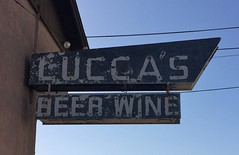 LUCCA'S MANTECA CA. (ussiwojima) Tags: luccas restaurant bar cocktail lounge manteca california neon ghost advertising sign